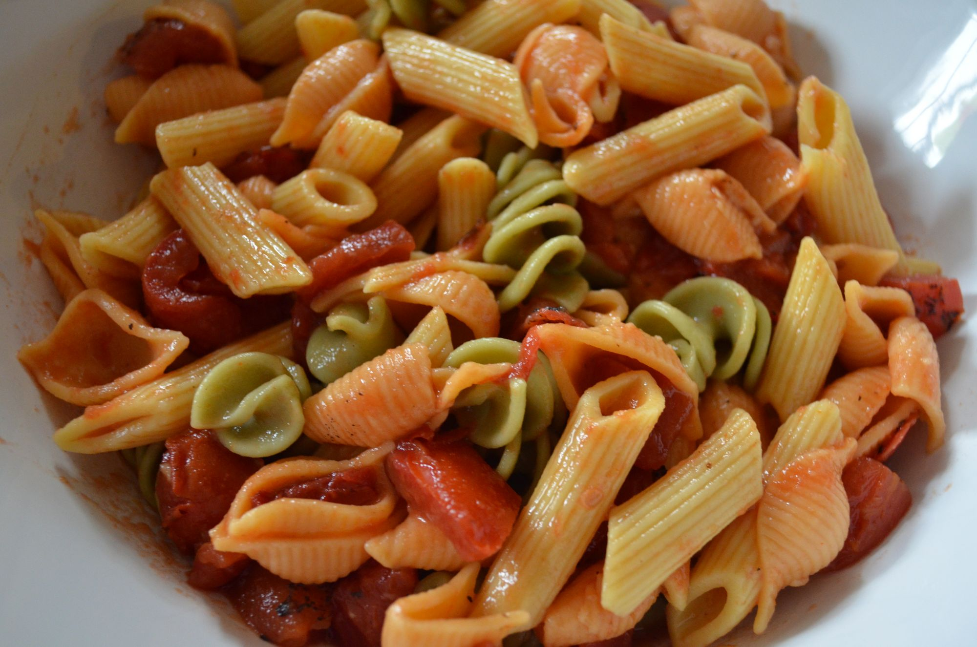 Roasted Tomato Rotini – Food Bloggers Against Hunger