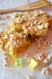 Lucky Charms Blondies - Mooshu Jenne