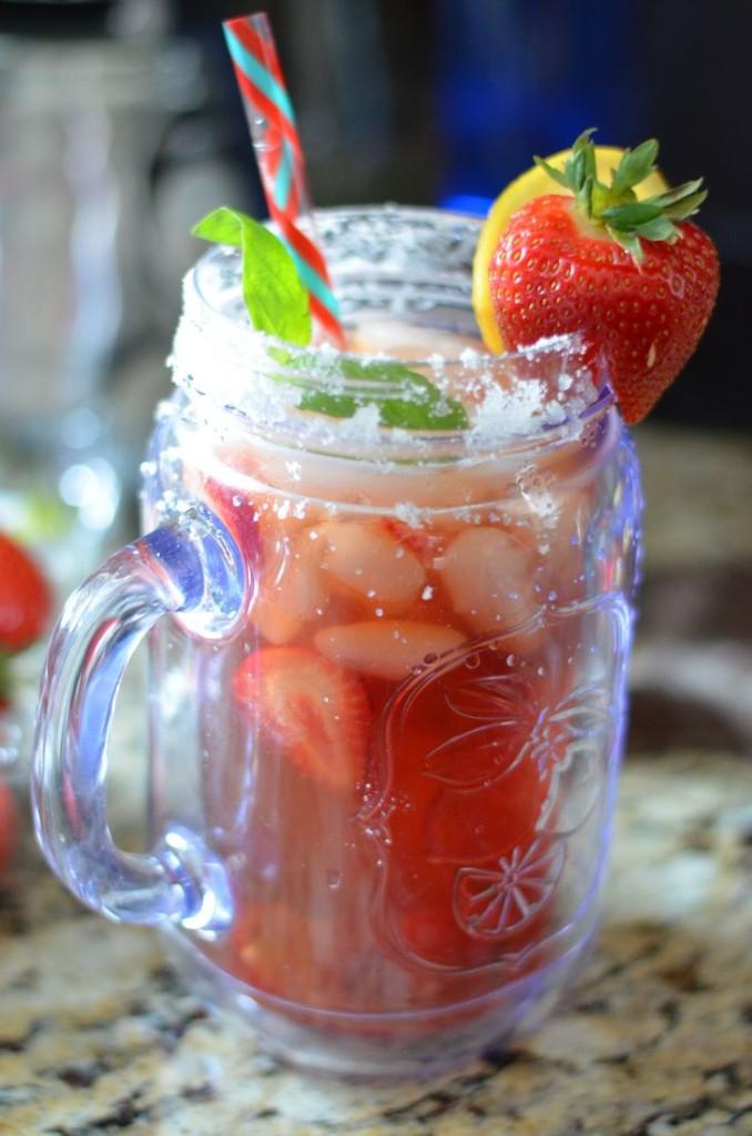 Sugared Strawberry Basil Lemon Tea - Mooshu Jenne #BrewOverIce #BrewItUp #shop