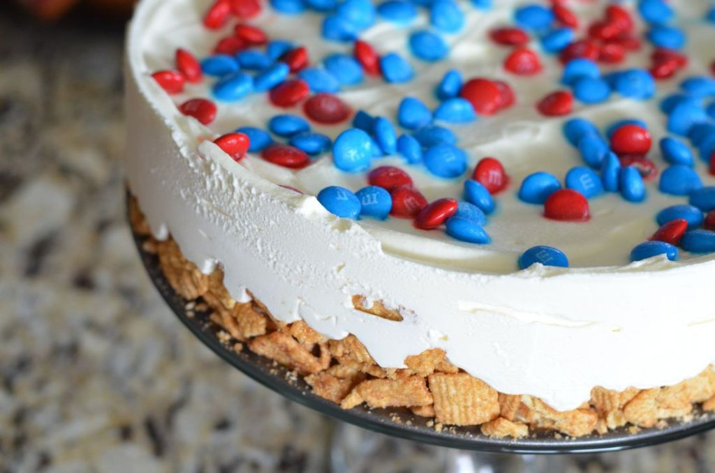Captain America Ice Cream Cake