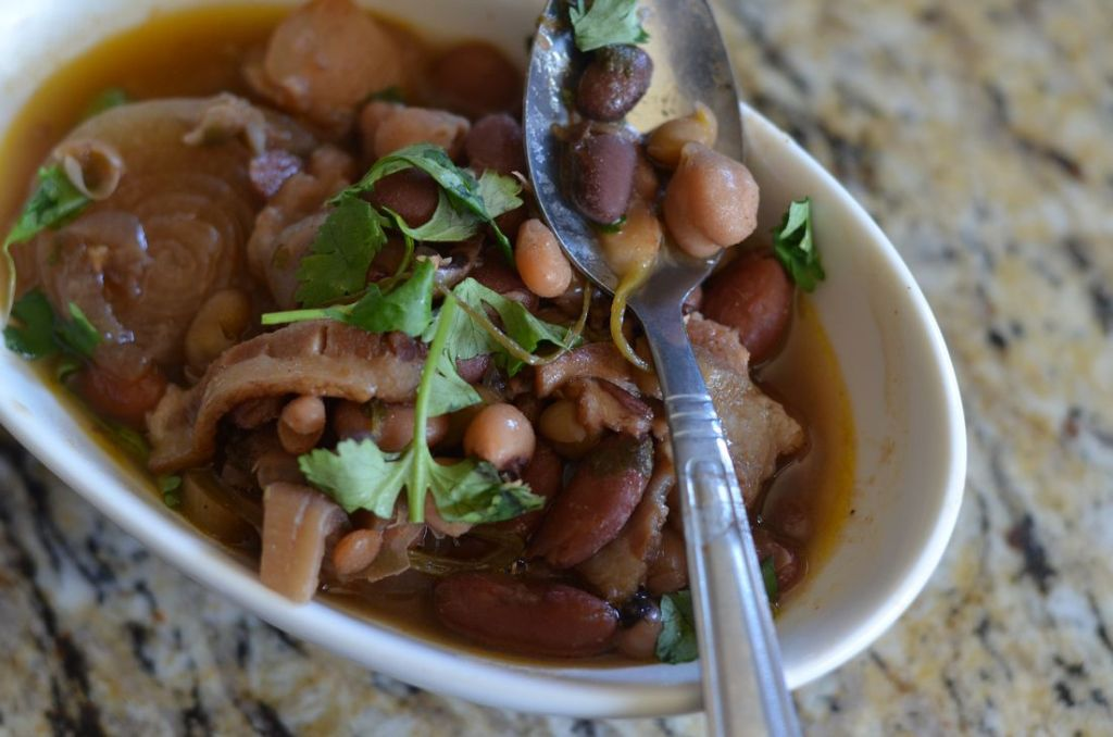 15 Bean Slow Cooker Soup - Mooshu Jenne