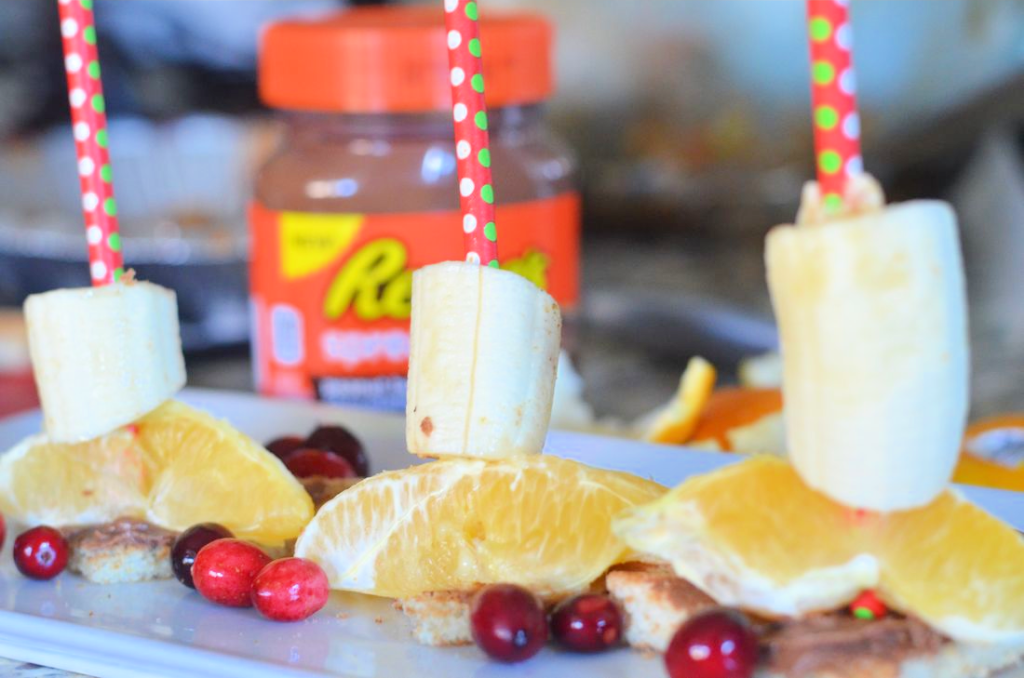 Toasted Reese's Spreads Fruit Skewers