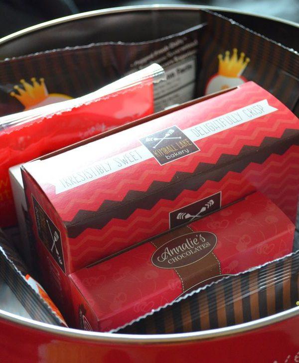 20 Valentine's Day Desserts & Gifts