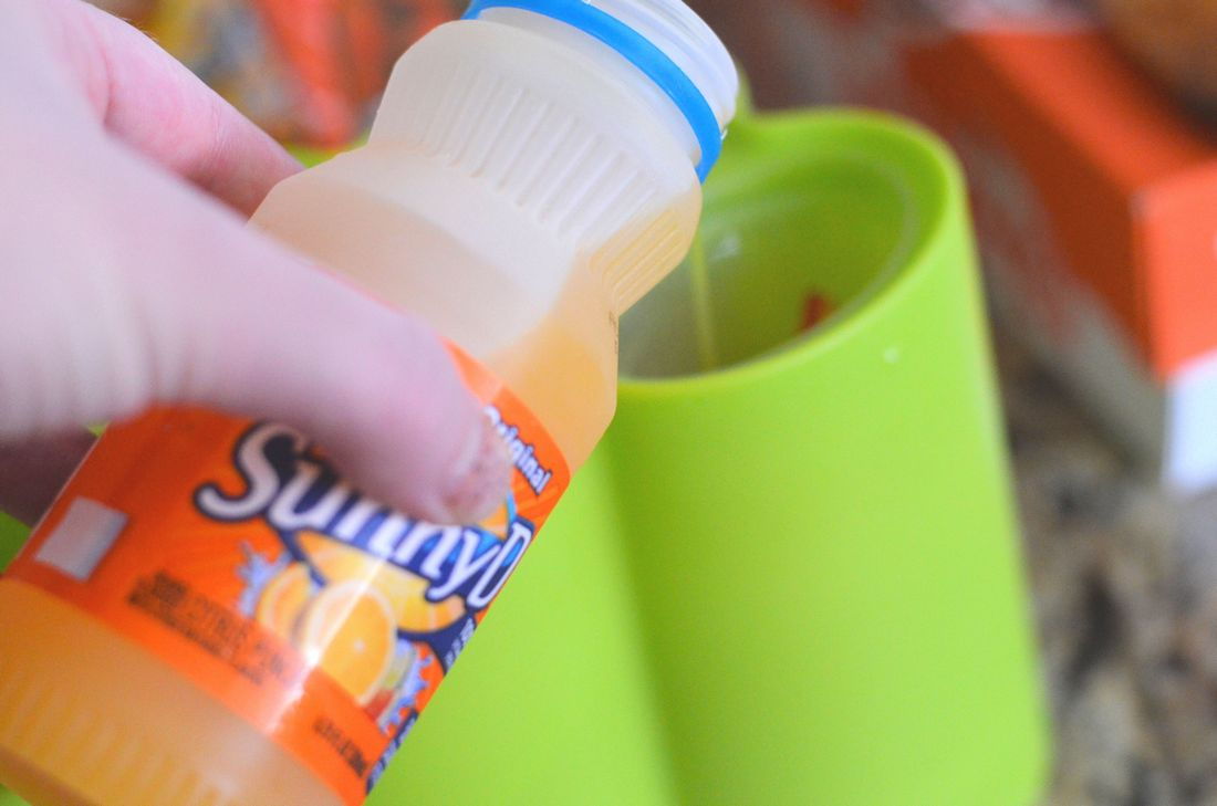 SunnyD Fruit Pops with Strawberries #WhereFunBegins, #SunnyD #ad
