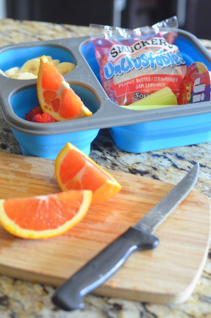Daycation Picnic Snacks #Smuckers #Snackation #ad