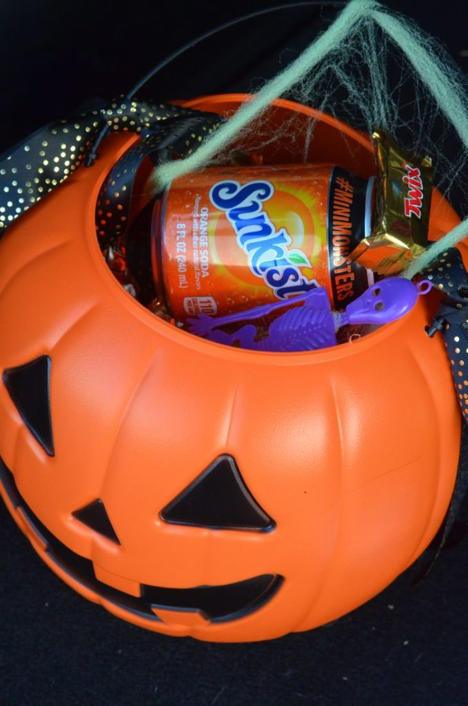 Spooky Orange Float and BOO Kit #BOOItForward #CollectiveBias #ad