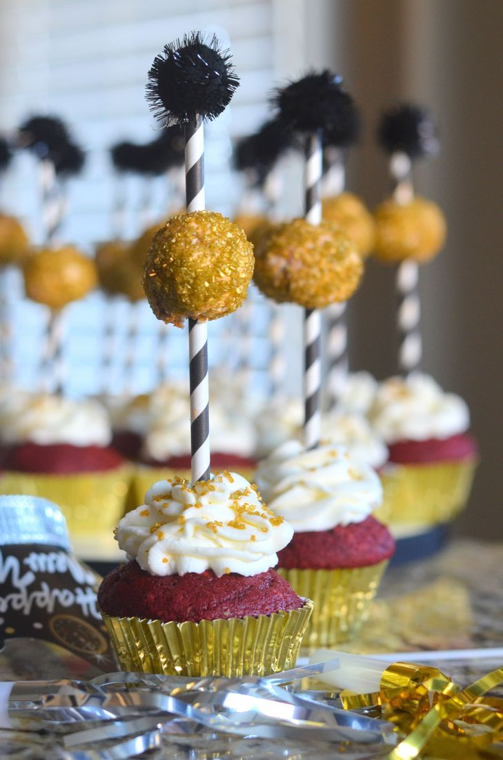 New Year's Eve Ball Dropping Cupcakes
