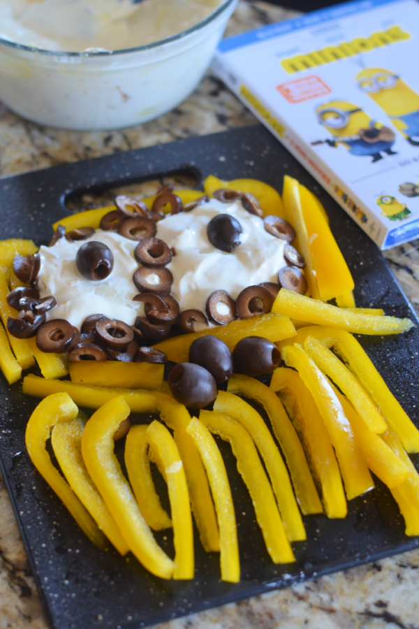 Roasted Onion Garlic Dip with Minions Vegetable Tray