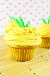 Pretty Pineapple Cupcakes