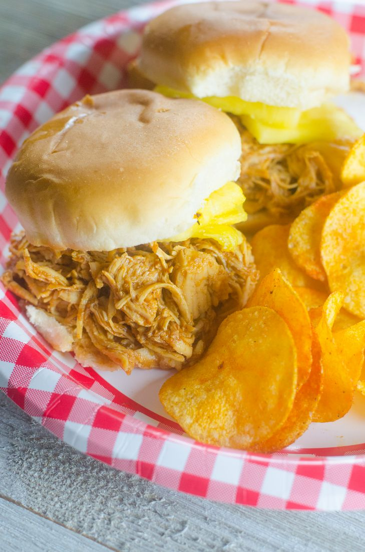 Instant Pot Barbecue Chicken Sliders