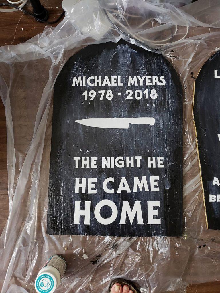 Michael Myers Halloween Gravestone