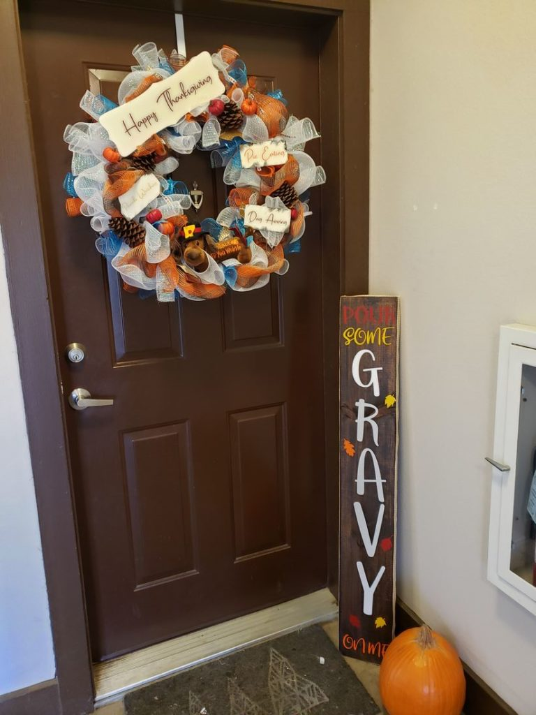 Thanksgiving Mesh Door Wreath 3
