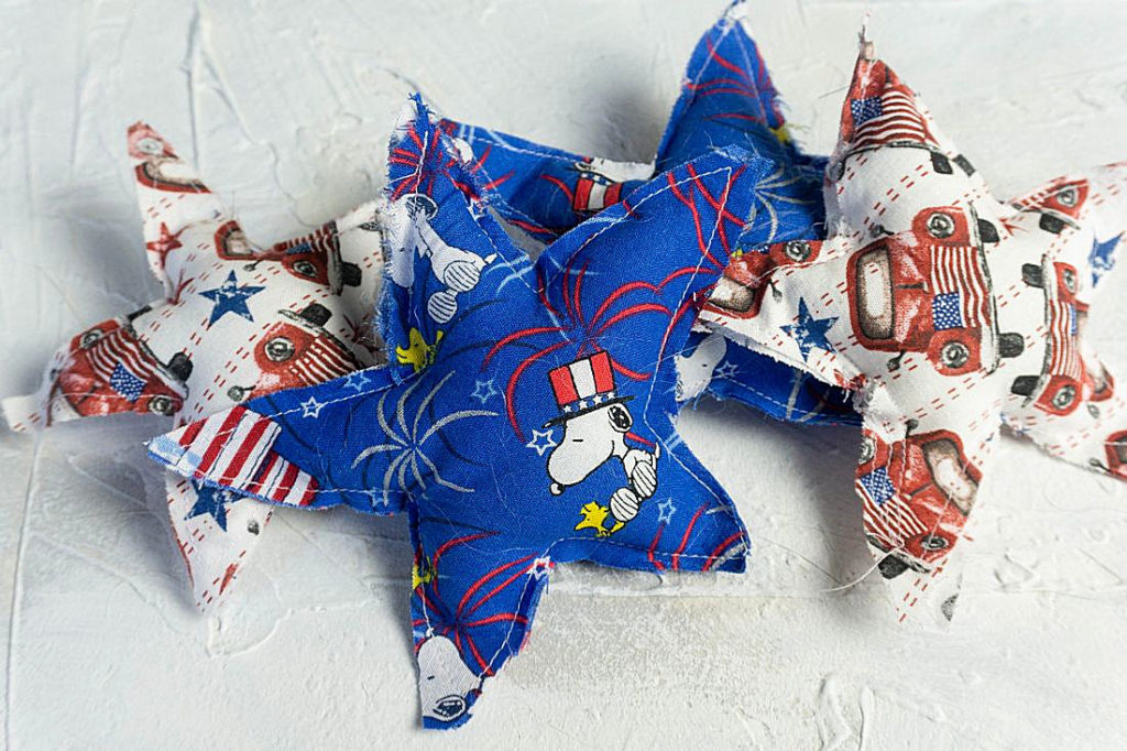 Farmhouse Patriotic Stuffed Stars Picture for display