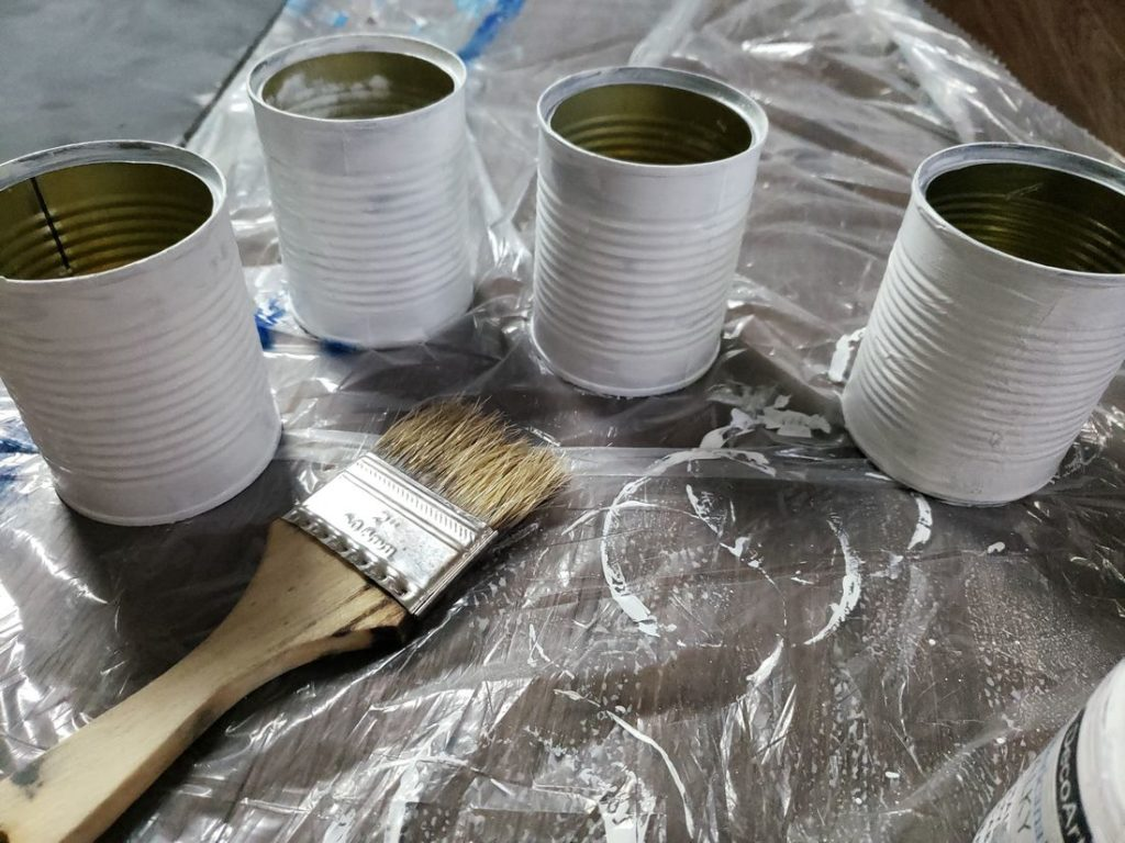Farmhouse Tin Planters being painted
