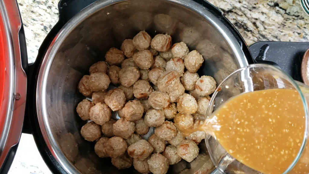instant pot with meatballs and sauce