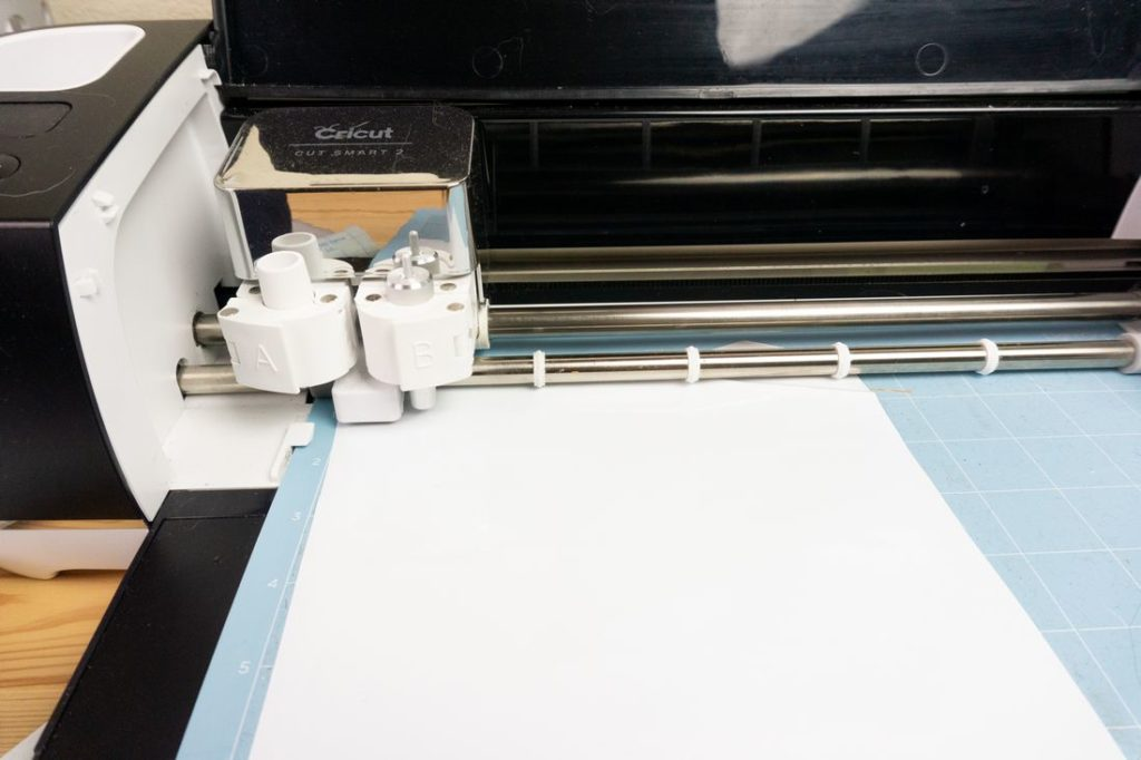 cutting white oracal vinyl