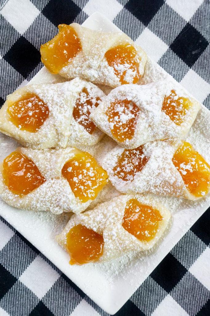 Polish Kolaczki Apricot Cookies